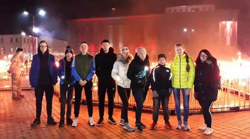 Kalkūnes jaunieši Lāpu gājienā 2019 11.11.2019.